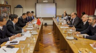Argentina y China avanzan en la cooperación sobre plaguicidas
