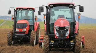 Desarrollan en Japón robots tractores para el campo