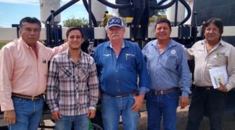 Nueva sembradora apoyará a productores de temporal en Valle del Évora